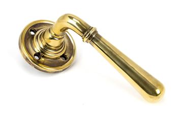 Picture of AGED BRASS NEWBURY LEVER ON ROSE SET