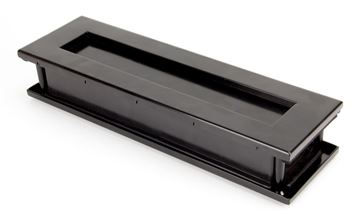 Picture of BLACK TRADITIONAL LETTERBOX